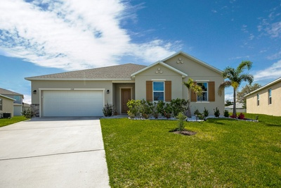 Exterior photo for 1928 Plumas Way Orlando fl 32824