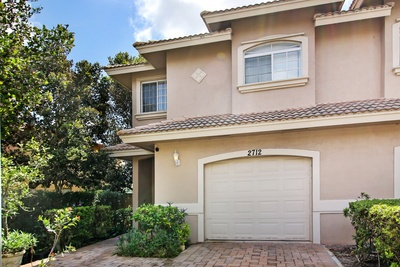 Exterior photo for 2712 NW 80th Ave Sunrise fl 33322