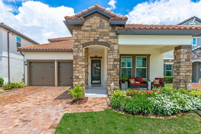 Exterior photo for 8293 Lookout Pointe Dr Windermere fl 34786