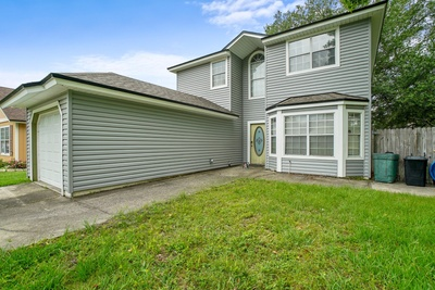 Exterior photo for 6812 Long Meadow Cir S Jacksonville fl 32244