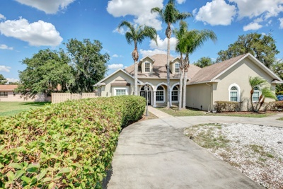 Exterior photo for 369 Rusk Cir Spring Hill fl 34606