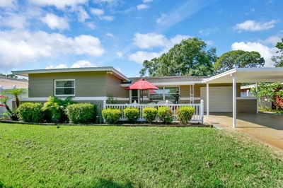 Exterior photo for 5554 16th Ave N St Petersburg fl 33710