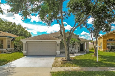 Exterior photo for 1428 Brook Hollow Dr Orlando fl 32824