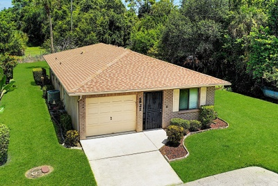 Exterior photo for 4922 Live Oak Cir Bradenton fl 34207
