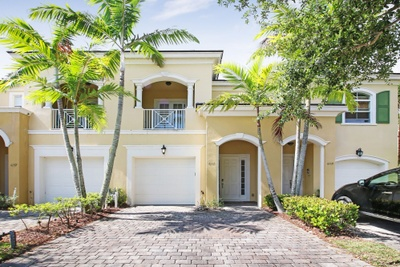 Exterior photo for 6161 NW Helmsdale Way Port Saint Lucie fl 34983