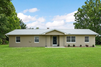 Exterior photo for 6352 Clance Rd Keystone Heights fl 32656