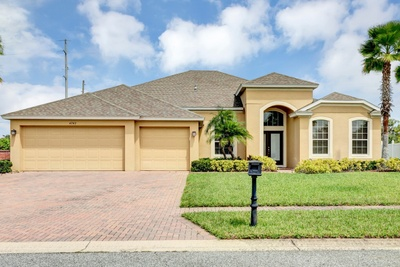 Exterior photo for 4743 Legacy Oaks Dr Edgewood fl 32839
