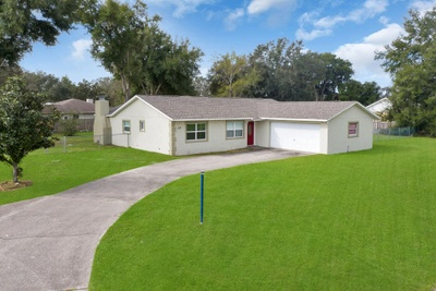 Exterior photo for 415 Tustenugee Dr Bushnell fl 33513