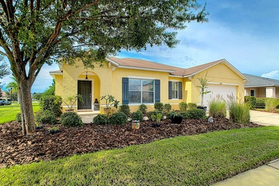 Exterior photo for 5102 Butterfly Shell Dr Apollo Beach fl 33572