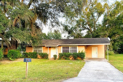 Exterior photo for 1003 S Manqoustine Ave Sanford fl 32771