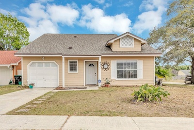 Exterior photo for 9333 Pavillion Dr Orlando fl 32825