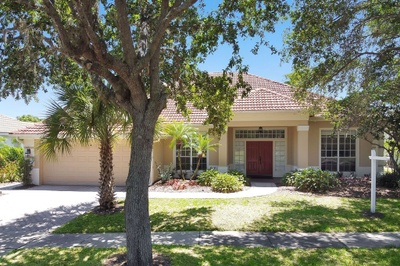 Exterior photo for 14649 Heathermere Orlando fl 32837