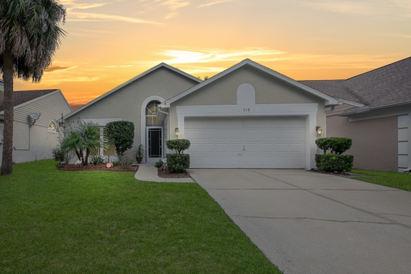 Exterior photo for 318 Oak Park Pl Casselberry fl 32707