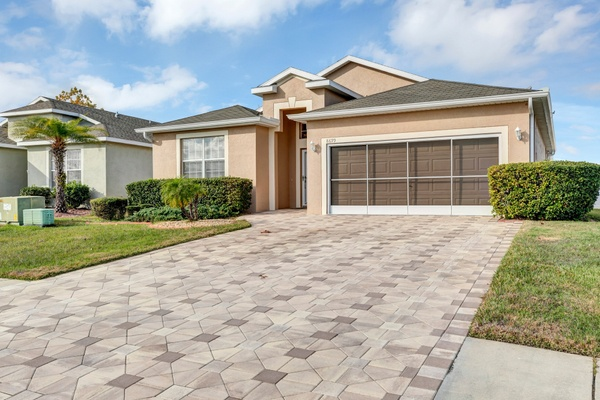 Exterior photo for 8699 Southern Charm Cir Brooksville fl 34613