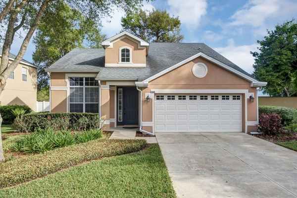 Exterior photo for 3329 Oak Brook Ln Eustis fl 32736