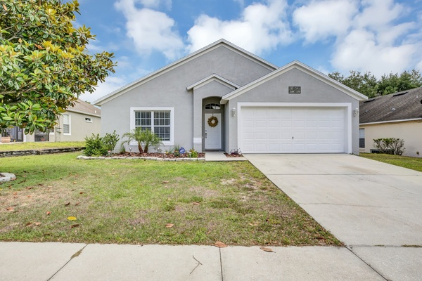 Exterior photo for 30719 Pga Dr Sorrento fl 32776