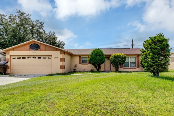 Exterior photo for 704 PHILLIP ST KISSIMMEE fl 34741