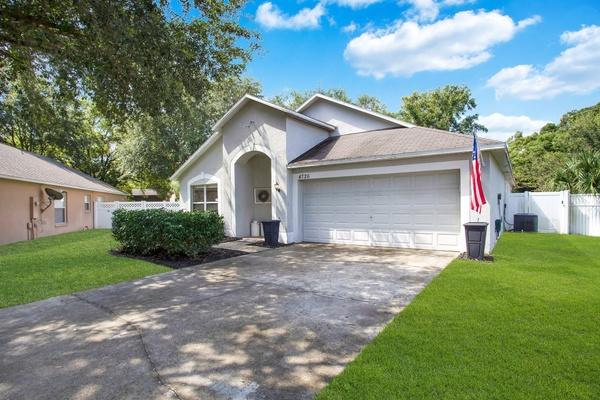 Exterior photo for 4726 Park Eden Cir Orlando fl 32810