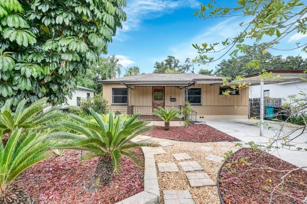 Exterior photo for 105 W Evans St Orlando fl 32804
