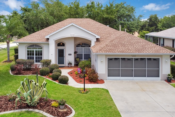 Exterior photo for 3000 Mediterranean Loop Tavares fl 32778