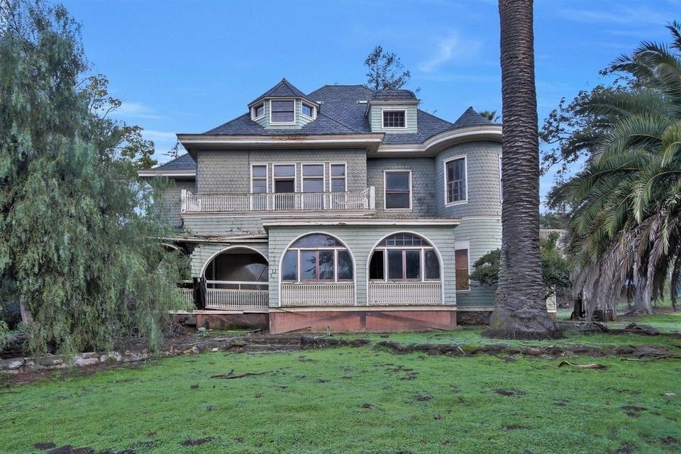 Exterior property image
