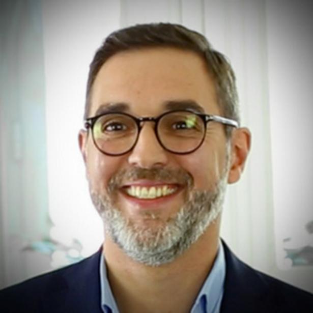 Yann Bustos