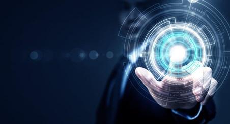 """""""Les entreprises absentes de l'univers digital disparaîtront d'ici à 10 ans…"""""""