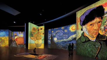Van Gogh ALIVE Experience / Multimedia exhibition
