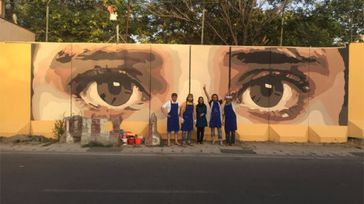 Beautify the city through paintings on walls