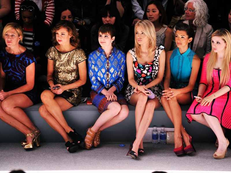 Expected Number Of Attendees In A Fashion Trade Show