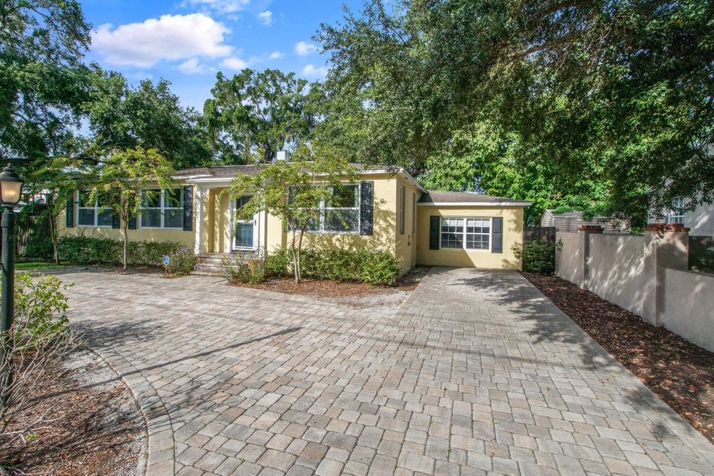 Exterior photo for 2807 S Manhattan Ave Tampa fl 33629