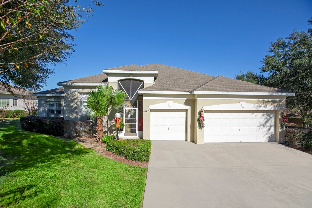 Exterior photo for 8647 Spyglass Loop Clermont fl 34711