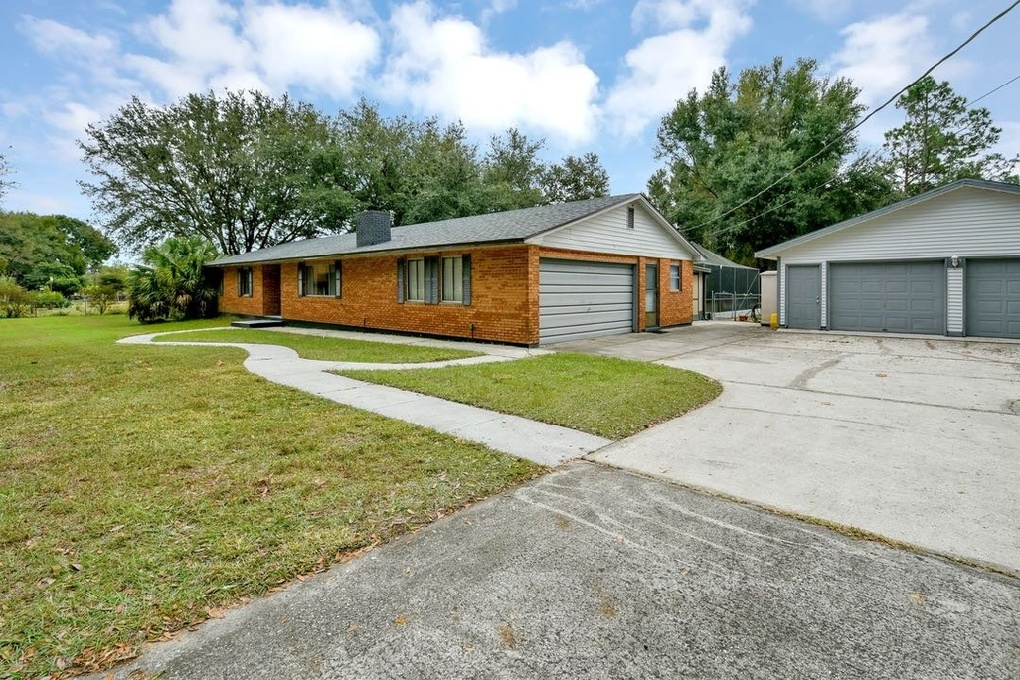 Exterior photo for 1029 Meadowood Dr Lakeland fl 33809