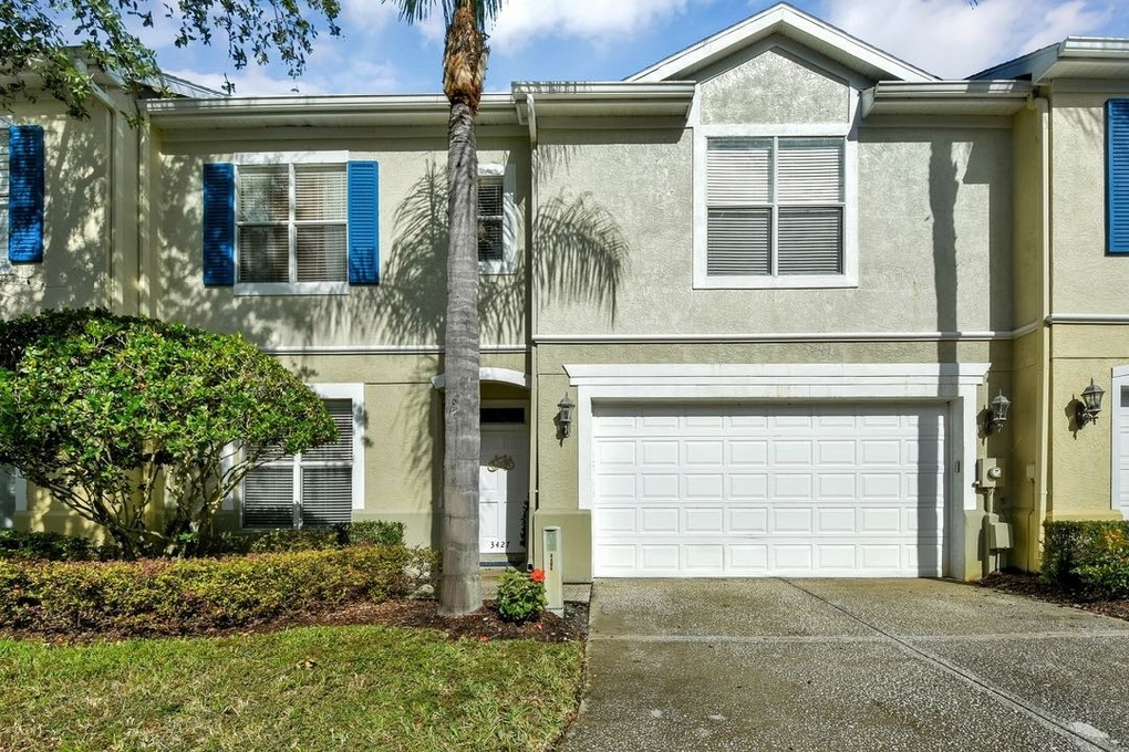 Exterior photo for 3427 Heards Ferry Dr Tampa fl 33618