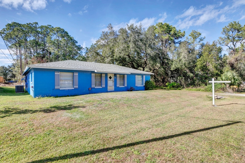 Exterior photo for 2044 7th Ave Deland fl 32724