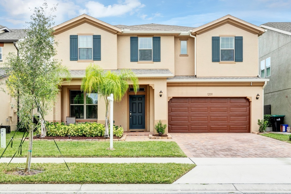 Exterior photo for 1401 Fountain Coin Loop Orlando fl 32828