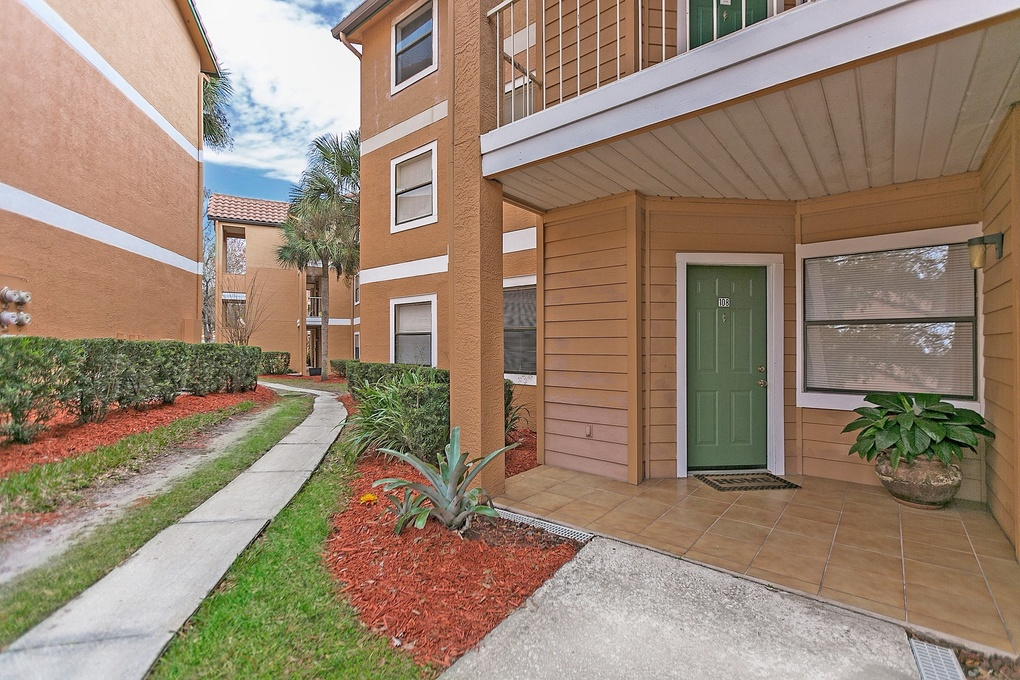 Exterior photo for 3008 Parkway Blvd APT 108 Kissimmee fl 34747