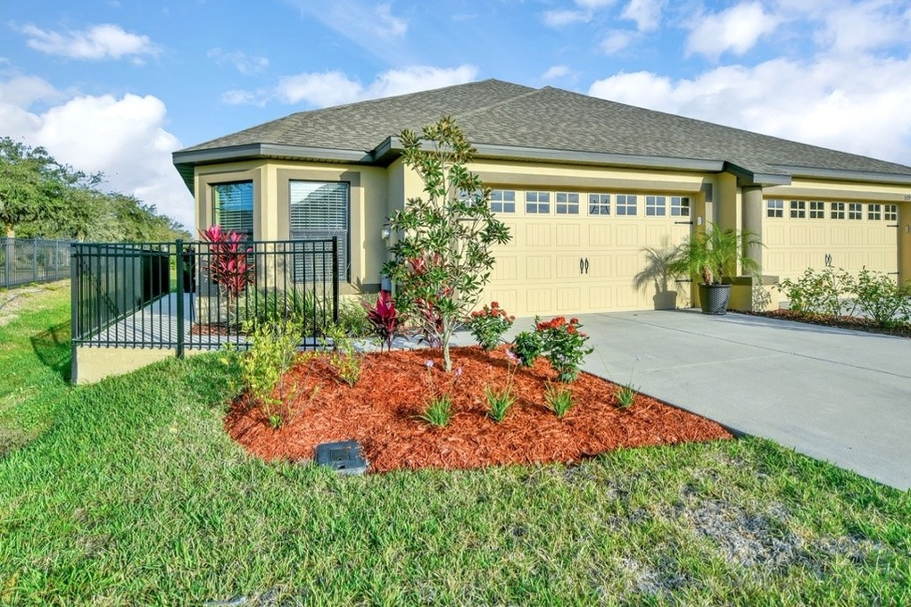 Exterior photo for 5895 Great Salt Ct Lakeland fl 33805