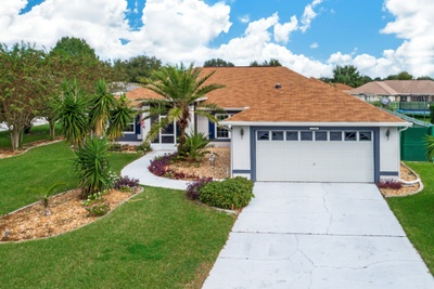 Exterior photo for 11551 Autumn Wind Loop Clermont fl 34711