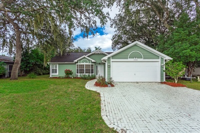 Exterior photo for 1353 Herndon Ave Deltona fl 32725