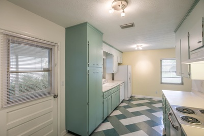 Interior 1 photo for 4342 Dazet Ct Jacksonville fl 32210