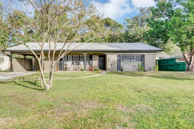 Exterior photo for 637 Overhill Rd Deland fl 32720