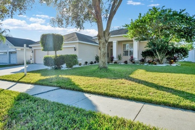 Exterior photo for 2814 Duncan Tree Cir Valrico fl 33594