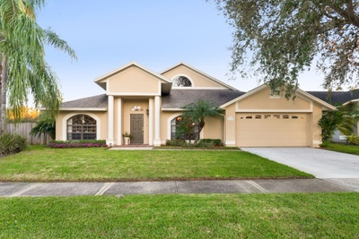 Exterior photo for 11419 Palm Pasture Dr Tampa fl 33635