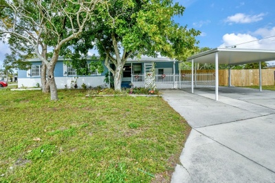 Exterior photo for 1204 Orlando Ave Bradenton fl 34207