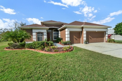 Exterior photo for 3613 Pendleton Way Land O Lakes fl 34639