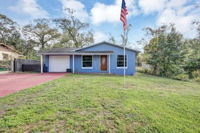 Exterior photo for 145 Illinois Ave Apopka fl 32703