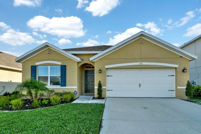 Exterior photo for 213 Lone Dove Lane Bradenton fl 34212