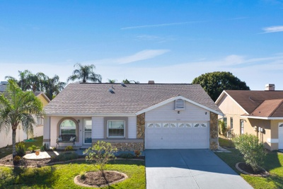 Exterior photo for 11303 Smokethorn Drive Riverview fl 33579