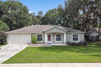 Exterior photo for 2049 Brewster Dr Deltona fl 32738